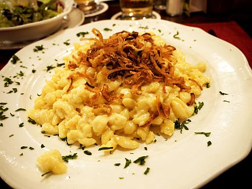Spaetzle-cheese-sauerkraut2s