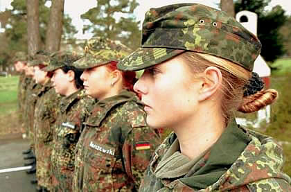 women-German-army