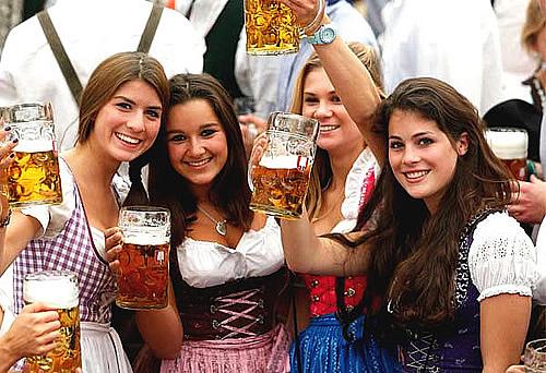 Oktoberfest-girls2