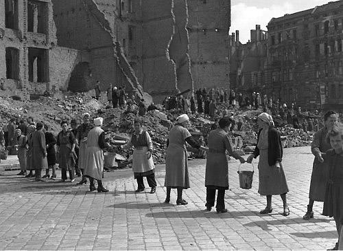 women-post-war-germany