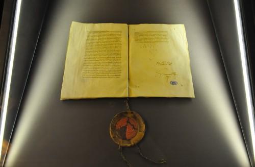 papal-bull-decet-romanum-pontificem