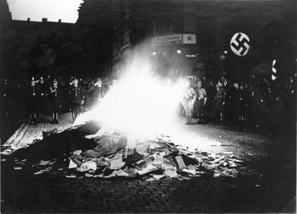 http://germanculture.com.ua/wp-content/uploads/2015/12/nazi-books-burning.jpg