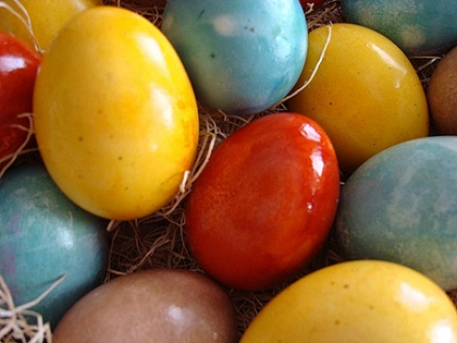 color-easter-eggs