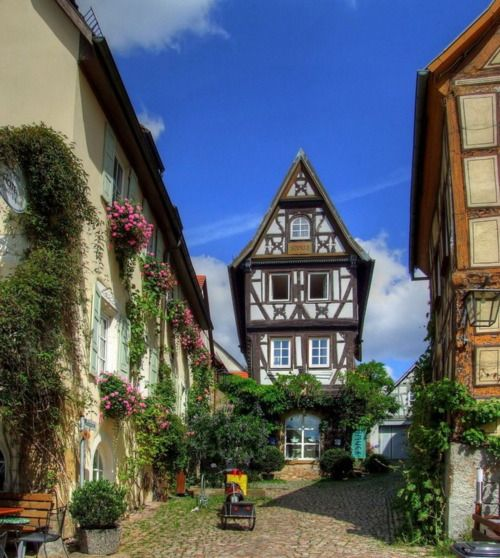 I Want To Visit Germany In German: German Culture