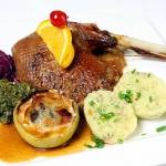Roast Goose (Gänsebraten)
