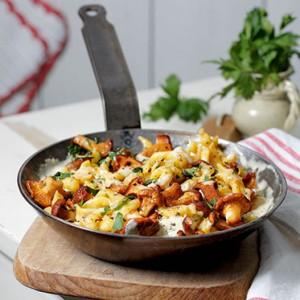 Mushroom Spätzle Pan