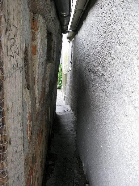 narrow-street-reutlingen2