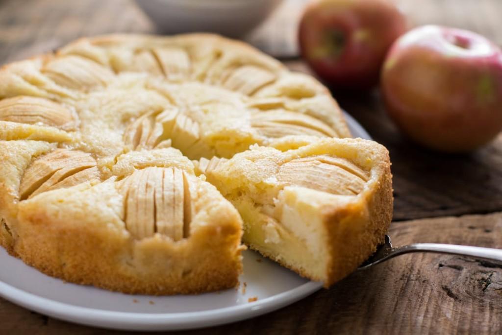 Sunken Apple Cake Versunkener Apfelkuchen German Culture