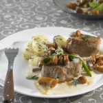 Pork Medallions With Mushrooms (Schweinemedaillons mit Pfifferlingen)