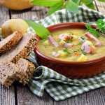 Erbsensuppe mit Würstchen (Split Pea and Sausage Soup)