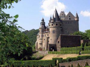 Schloss Bürresheim – a Medieval Castle in the Woodlands