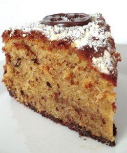 Hazelnut Cake with Cream – Nußkuchen mit Sahne